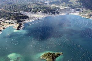 山田湾とオランダ島